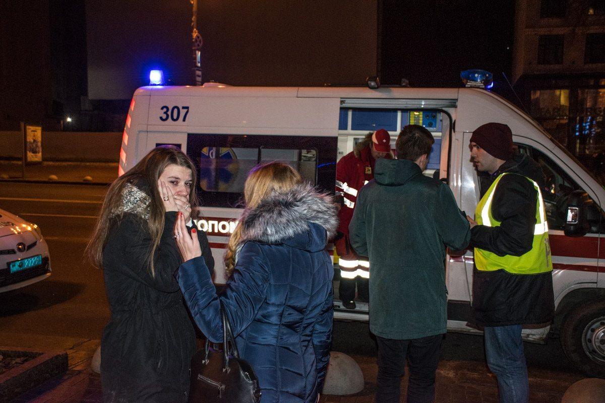 Избитым клиентам пиццерии понадобилась помощь медиков