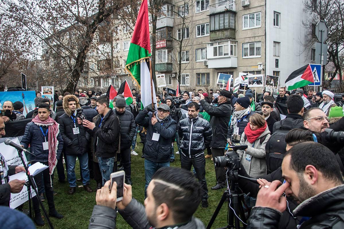 Палестинцы протестовали против американского президента