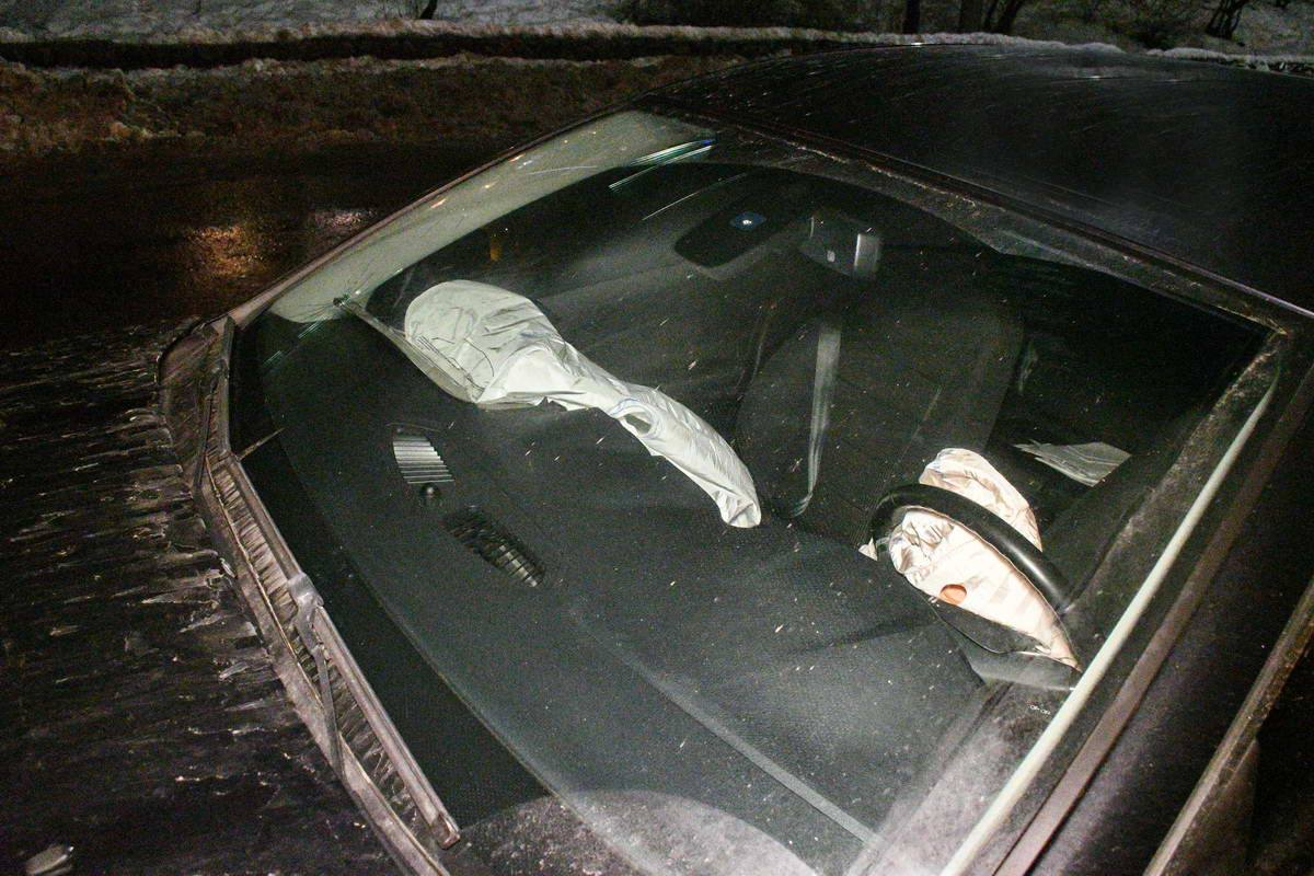 В Ford сработали подушки безопасности