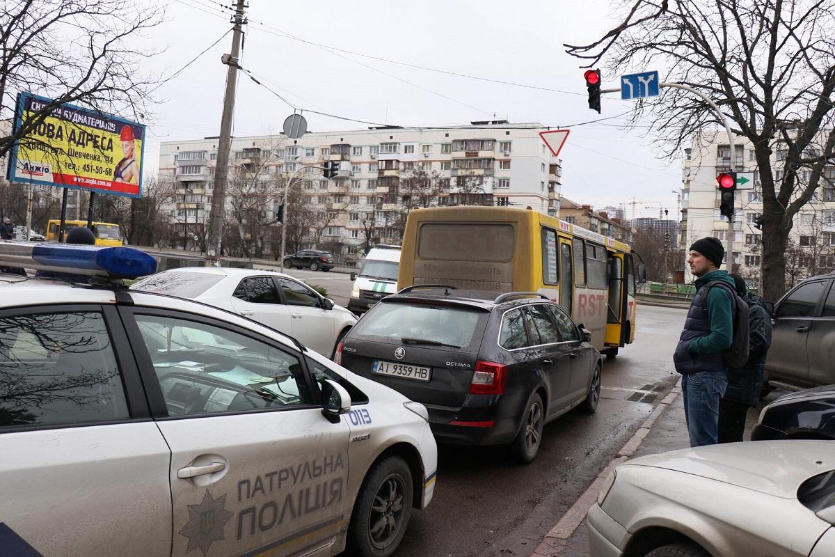 В момент аварии в маршрутном такси было мало пассажиров, поэтому никто не пострадал