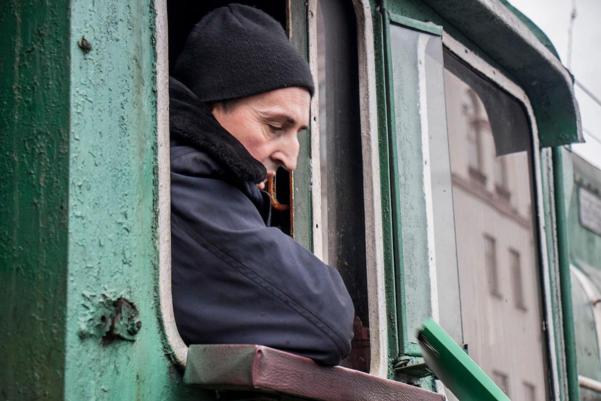 """Проезд новогоднего поезда обеспечивали сотрудники """"Укрзалізниці"""""""
