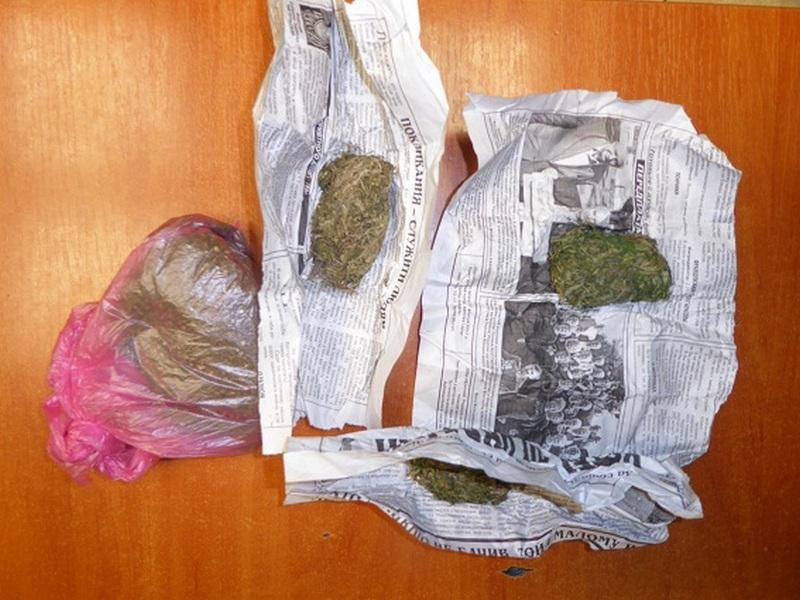 Свертки изъятой марихуаны