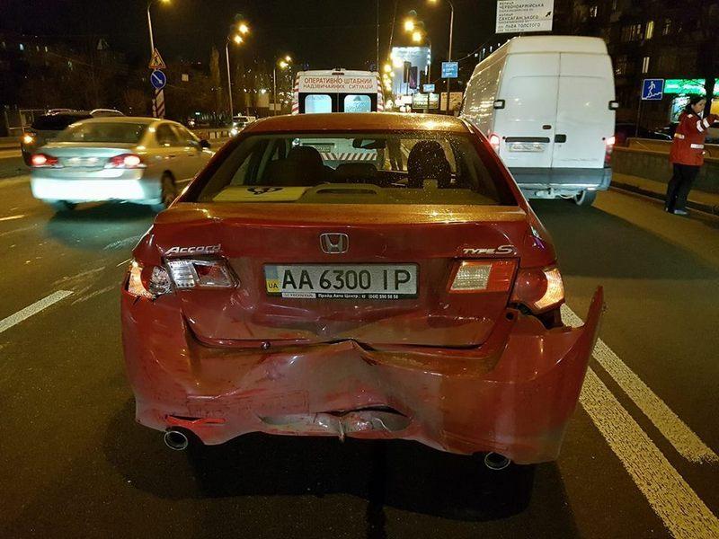 По предположению правоохранителей, ДТП случились из-за невнимательности водителей