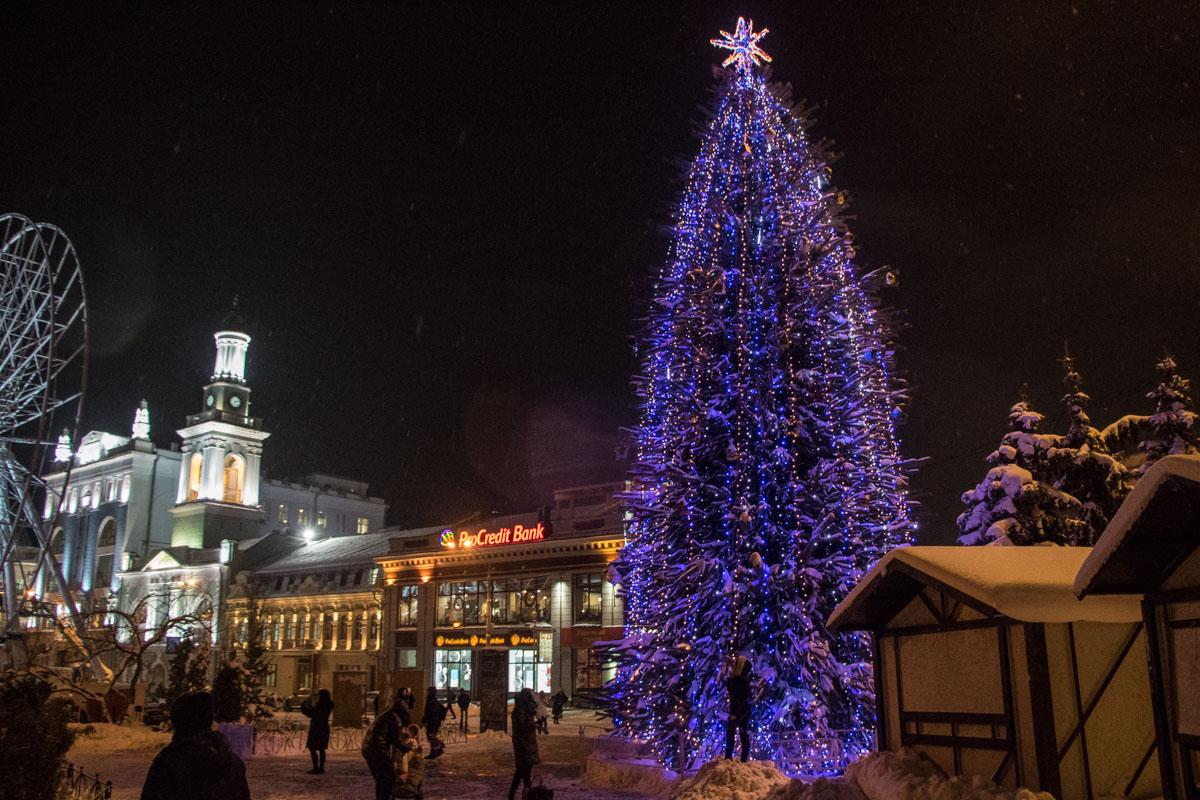 Новогодняя елка на Подоле