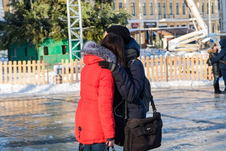 Ранее киевляне высмеивали облысевшую новогоднюю красавицу
