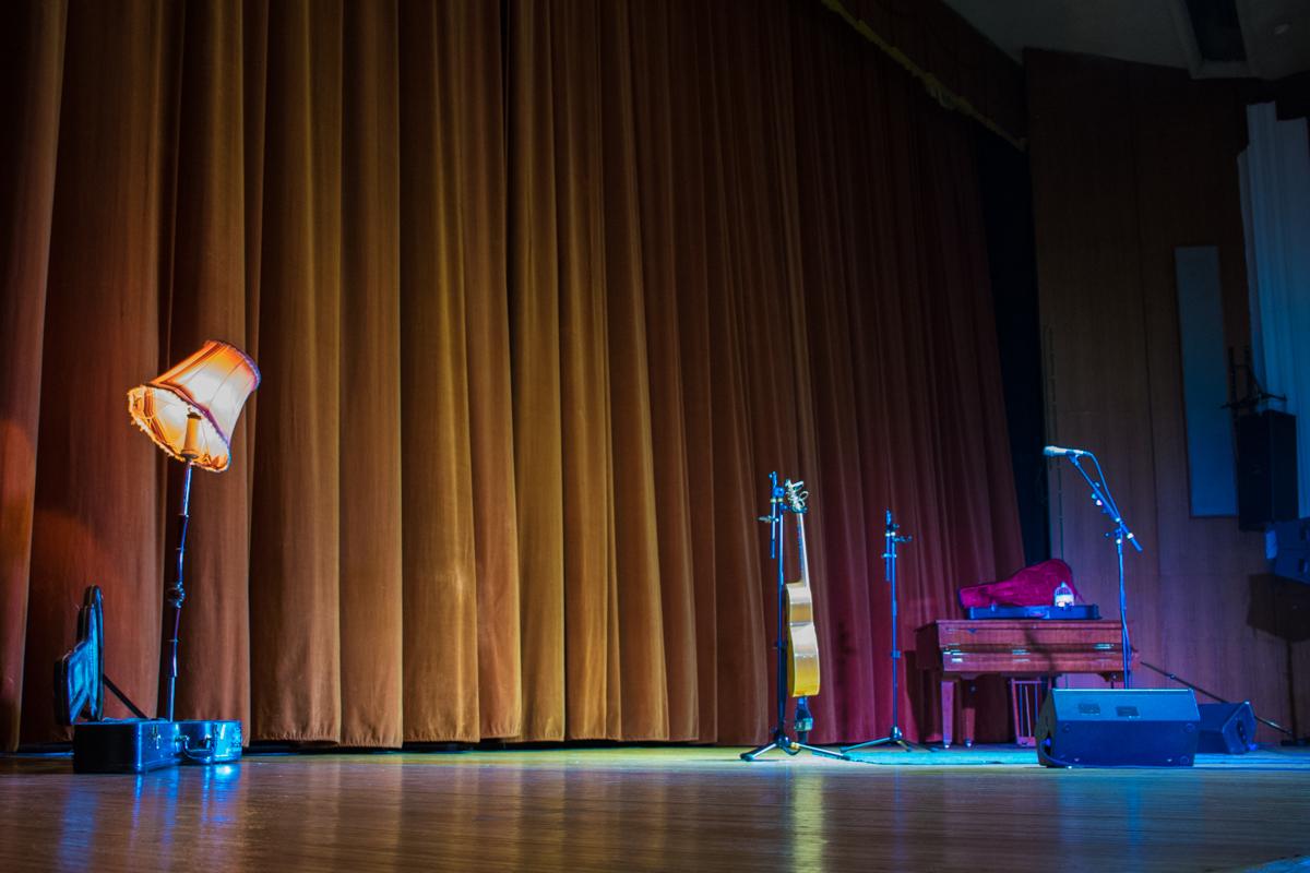 Ламповая атмосфера на сцене