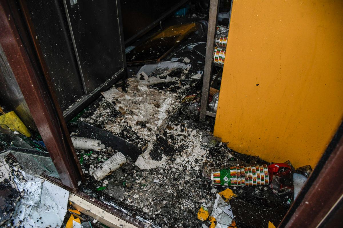 Так выглядит МАФ с уличной едой после пожара