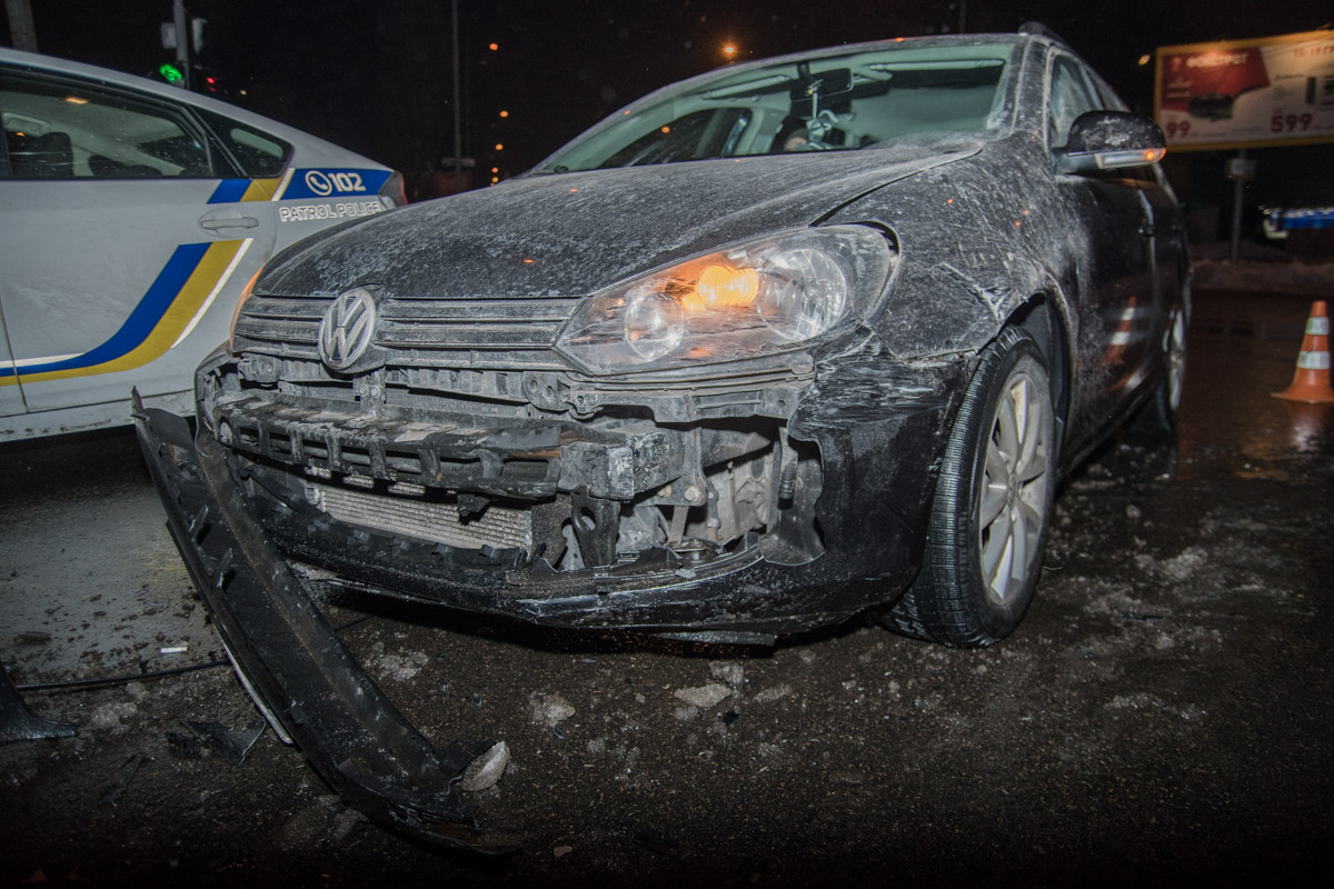 """Водитель Volkswagen заверил, что ехал на """"зеленый"""""""