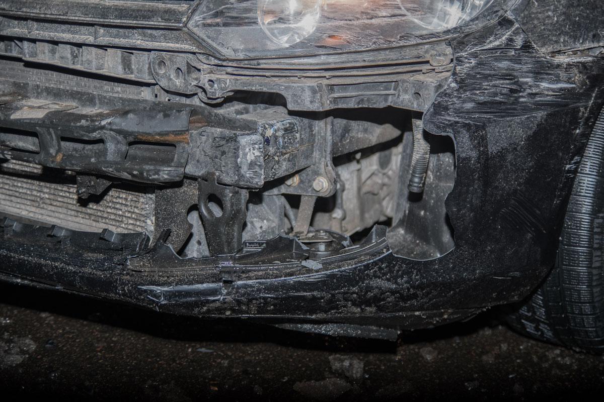 Volkswagen из-за удара потерял свои чешские номера