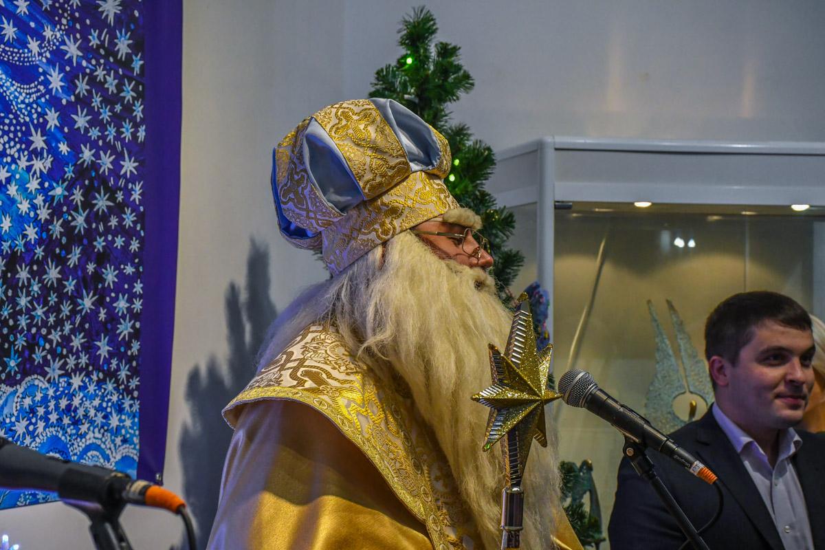 Святой Николай поздравил гостей своей Резиденции с предстоящим праздником