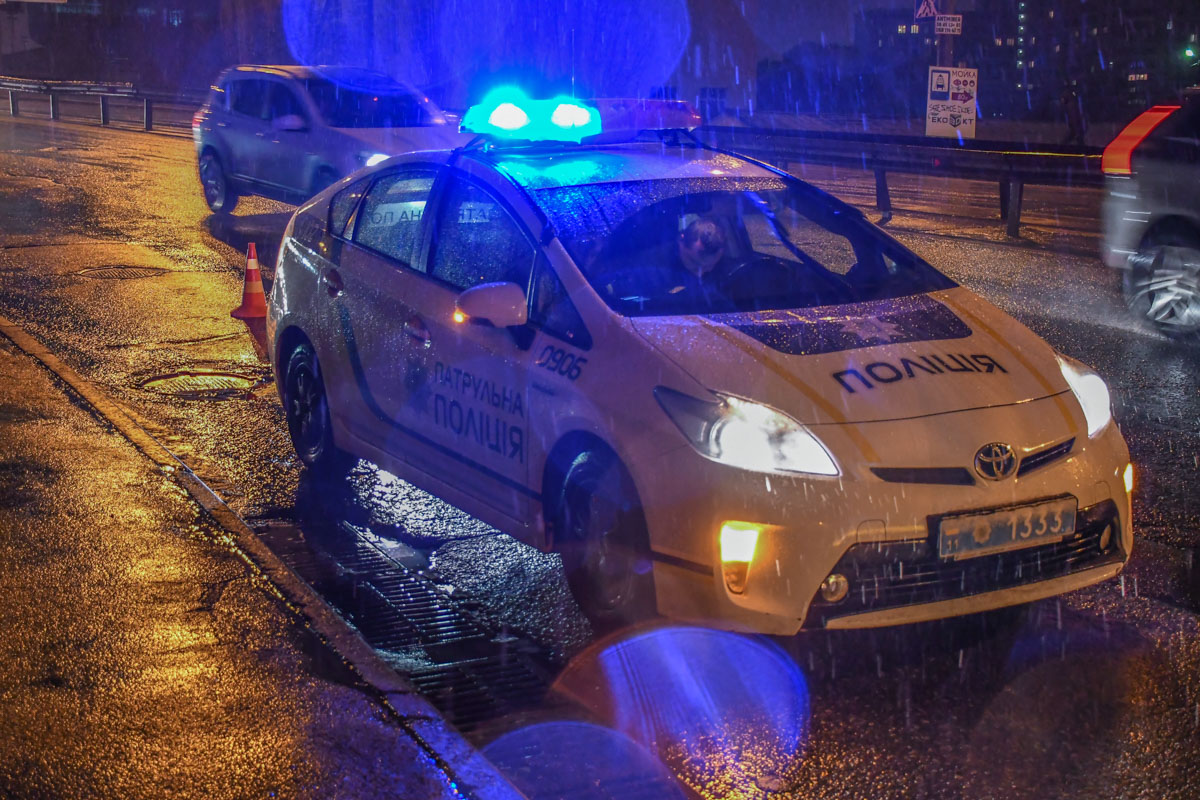 По словам полиции, пострадавший был в состоянии сильного алкогольного опьянения