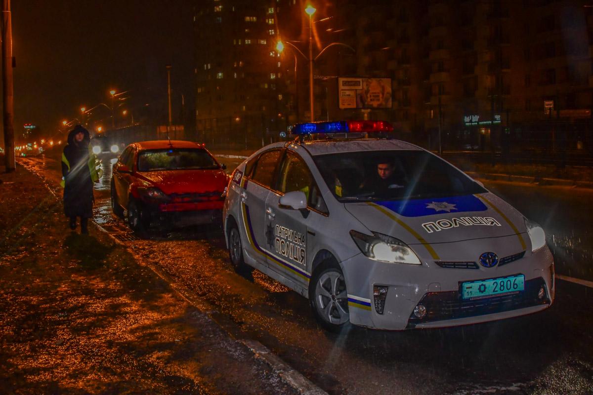 Полиция остановила водителя Ford уже в третий раз за вечер