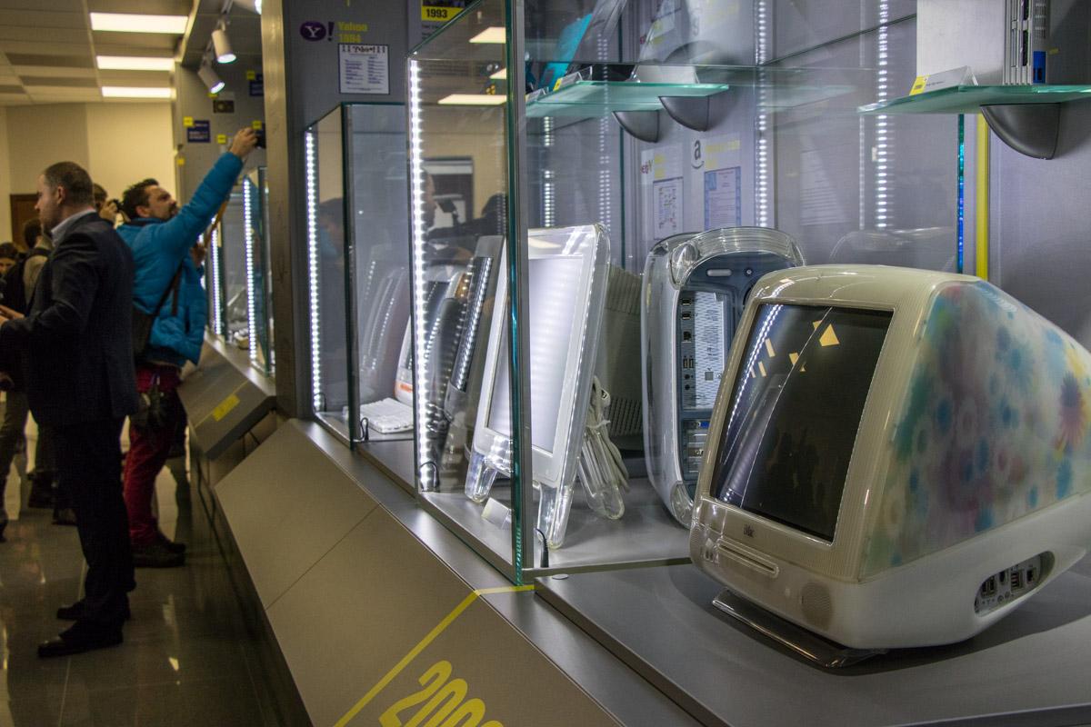 В музее представлены более 100 экспонатов