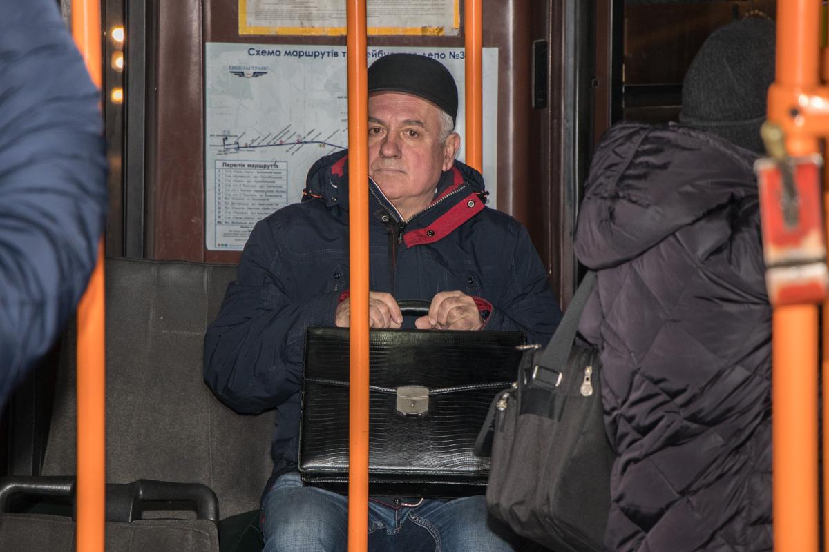 Некоторые пассажиры узнали, чем отличаются маршруты 19 и 19-д только сев в троллейбус