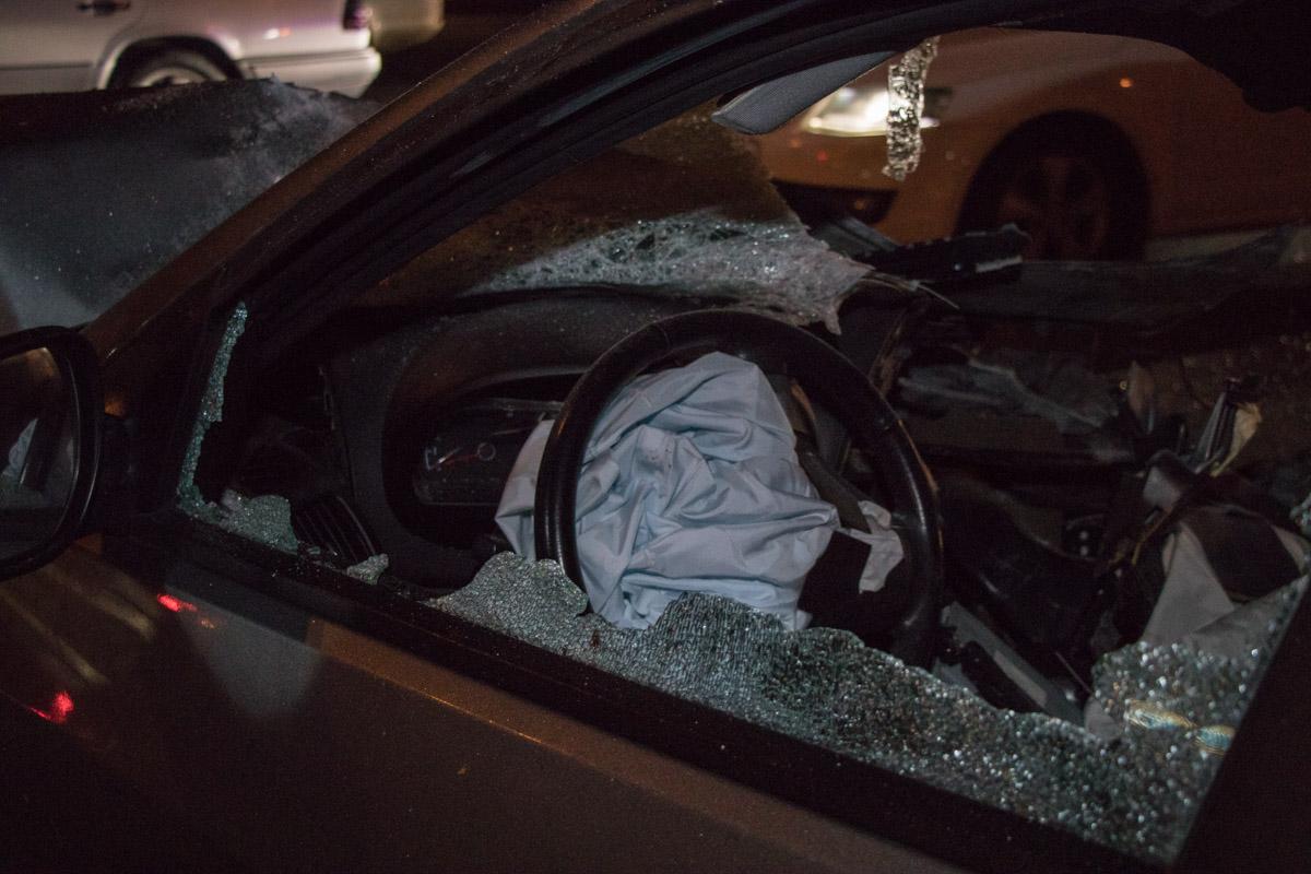 Подушки сработали но водитель в критическом состоянии