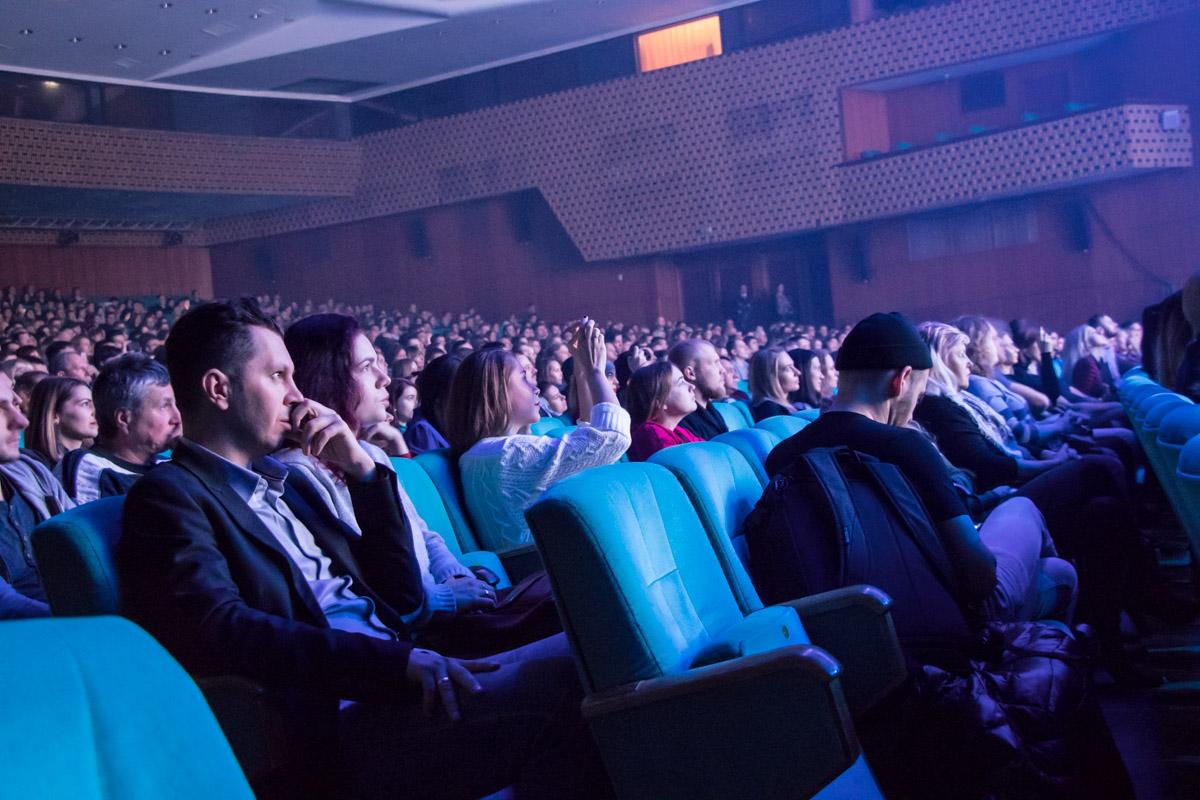 Конец каждого исполнения произведения зрители сопровождали овациями