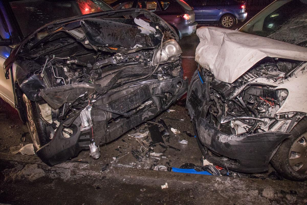 Самые серьезные механические повреждения получили Honda и Volkswagen