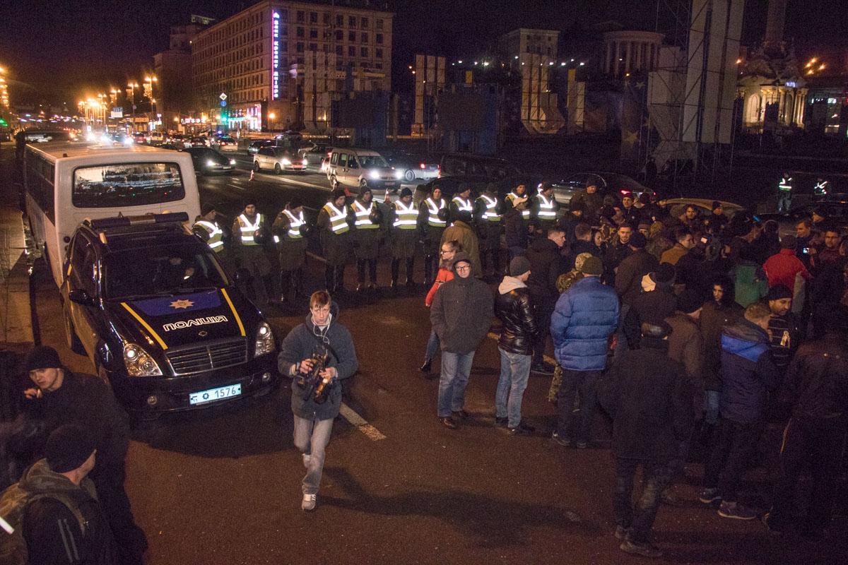 НПУ мешала вустановлении сцены для «Михомарша»— Перепалка сСаакашвили