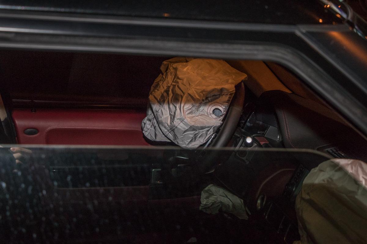 В автомобилях сработали подушки безопасности