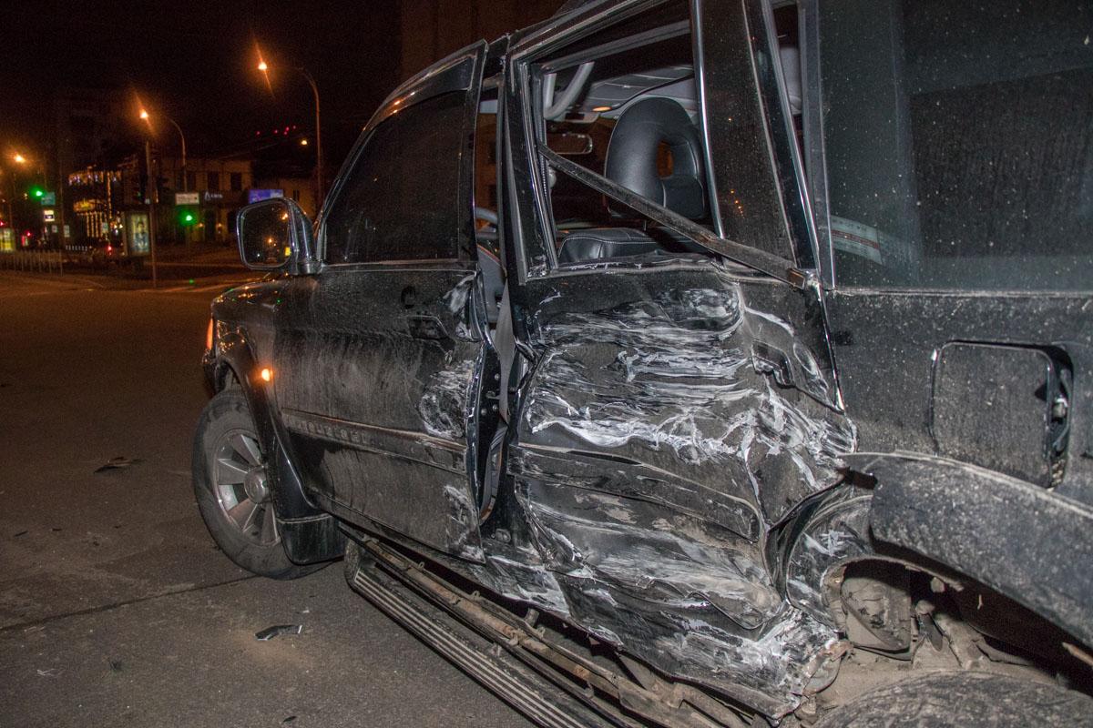 Водитель Range Rover признал вину и готов компенсировать ущерб