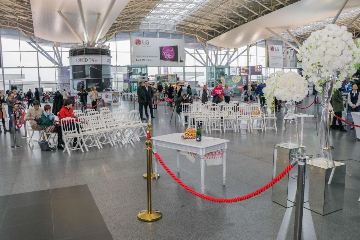Жениться в аэропорту теперь могут все