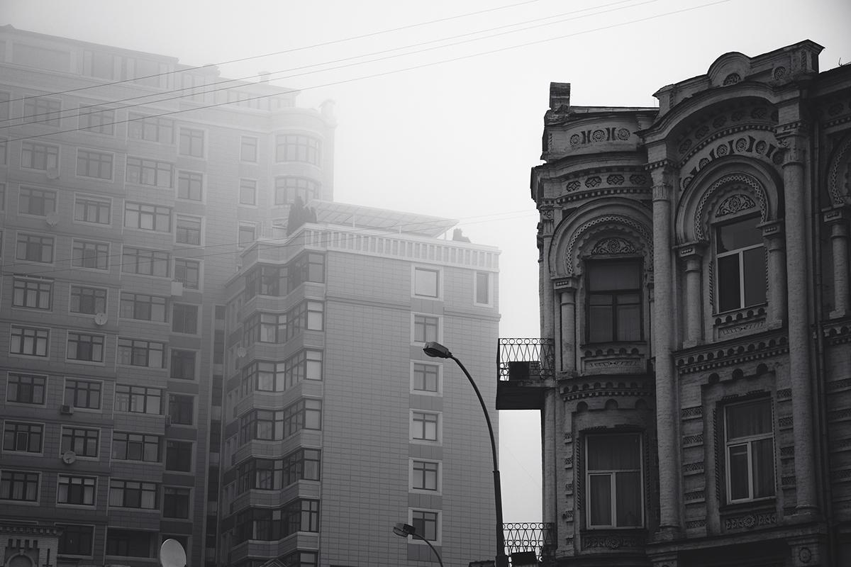 В итоге главное помнить, что солнышко придет. И даже наш сегодня мрачный город окрасится в яркие краски