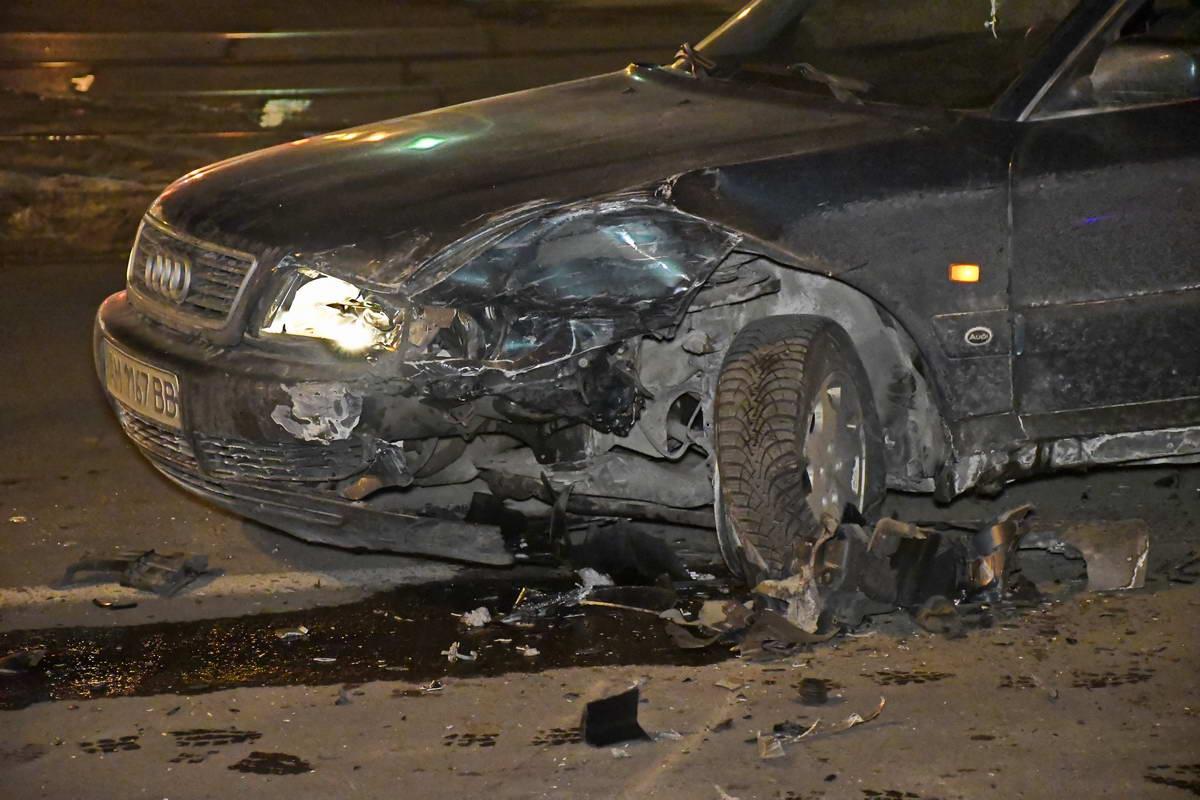 По предварительной версии, Audi занесло на скользкой дороге