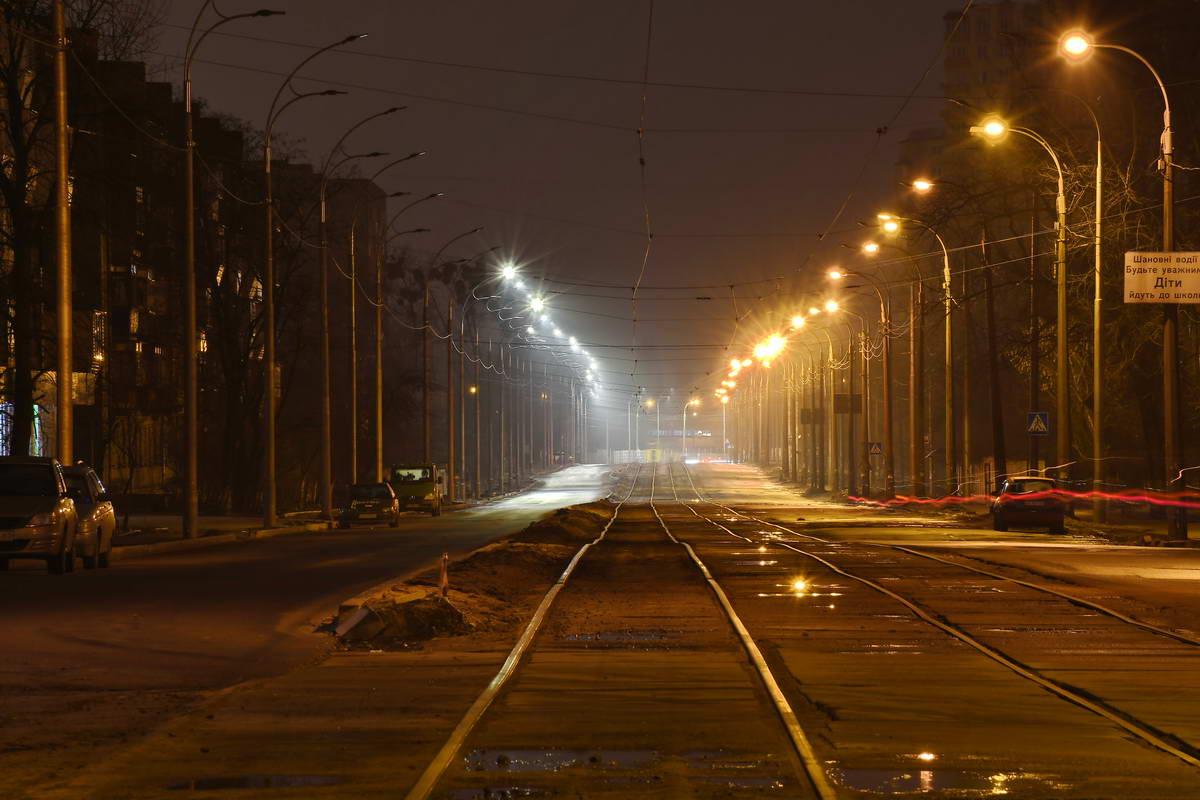На рельсы снова выйдут трамваи, а на дорогах появятся машины