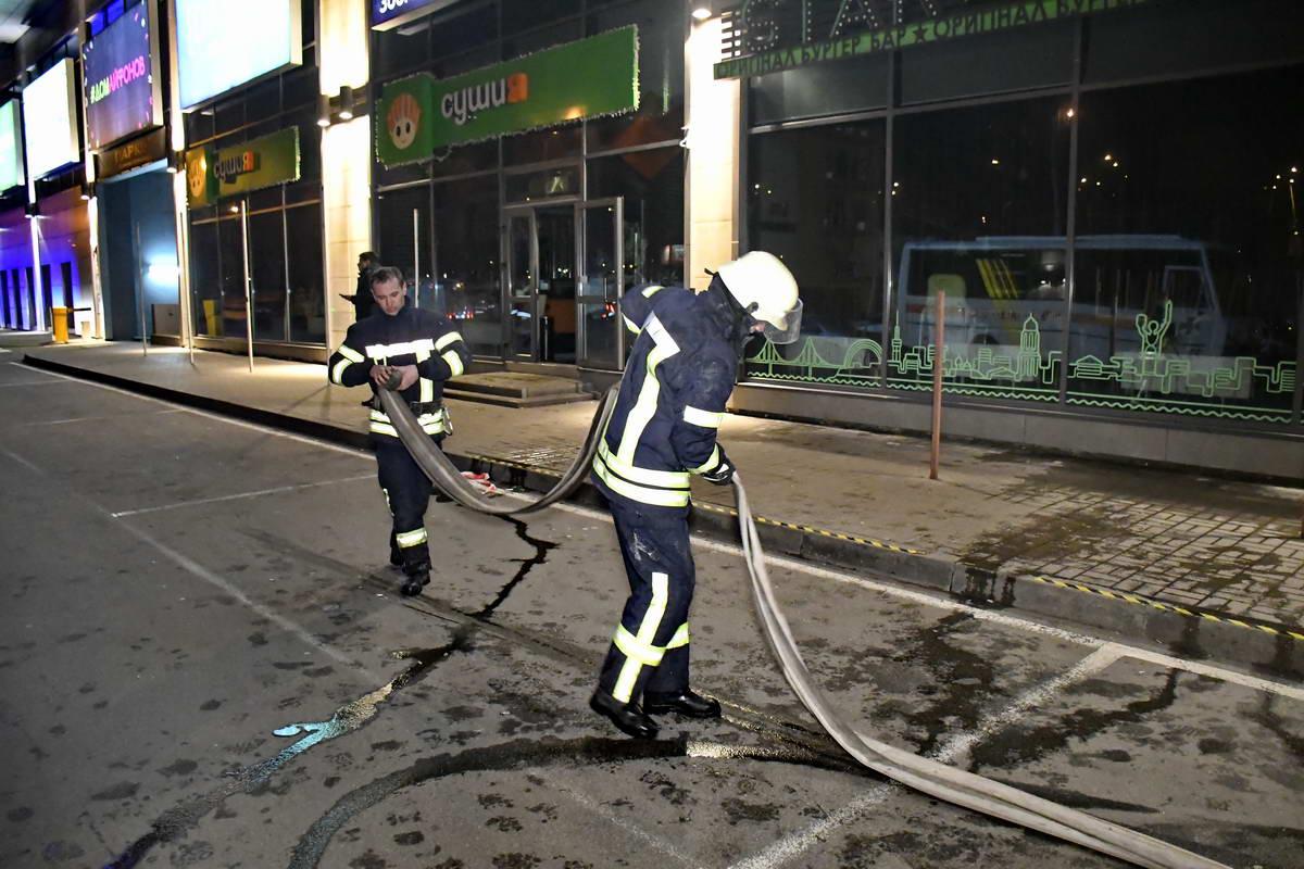 Пожарным удалось ликвидировать возгорание уже в 23:20