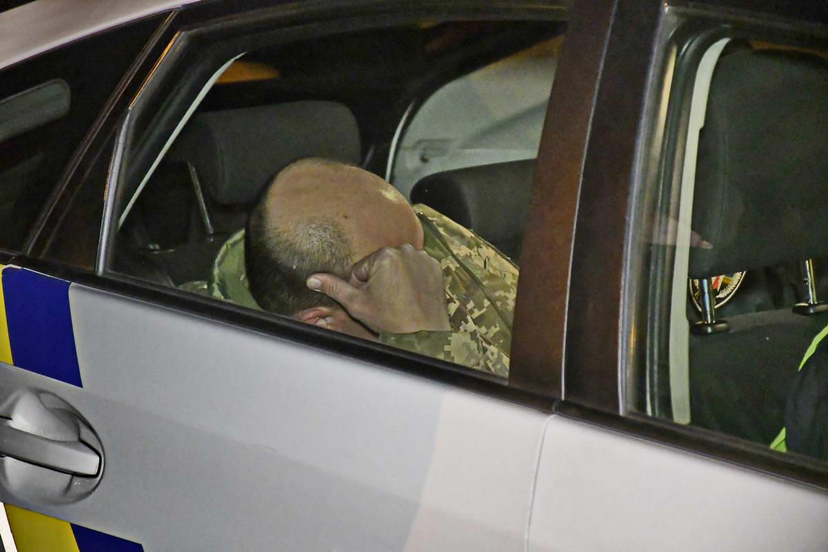 Водитель Audi был в военной форме, но без шевронов