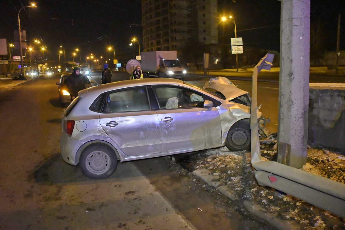 """Авария произошла рядом со станцией электрички """"Зенит"""""""