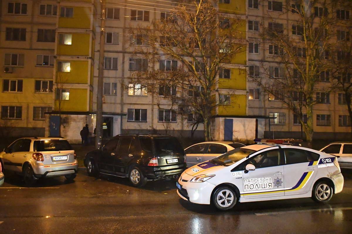 На месте работали несколько экипажей патрульной полиции, ГСЧС и следственно-оперативная группа