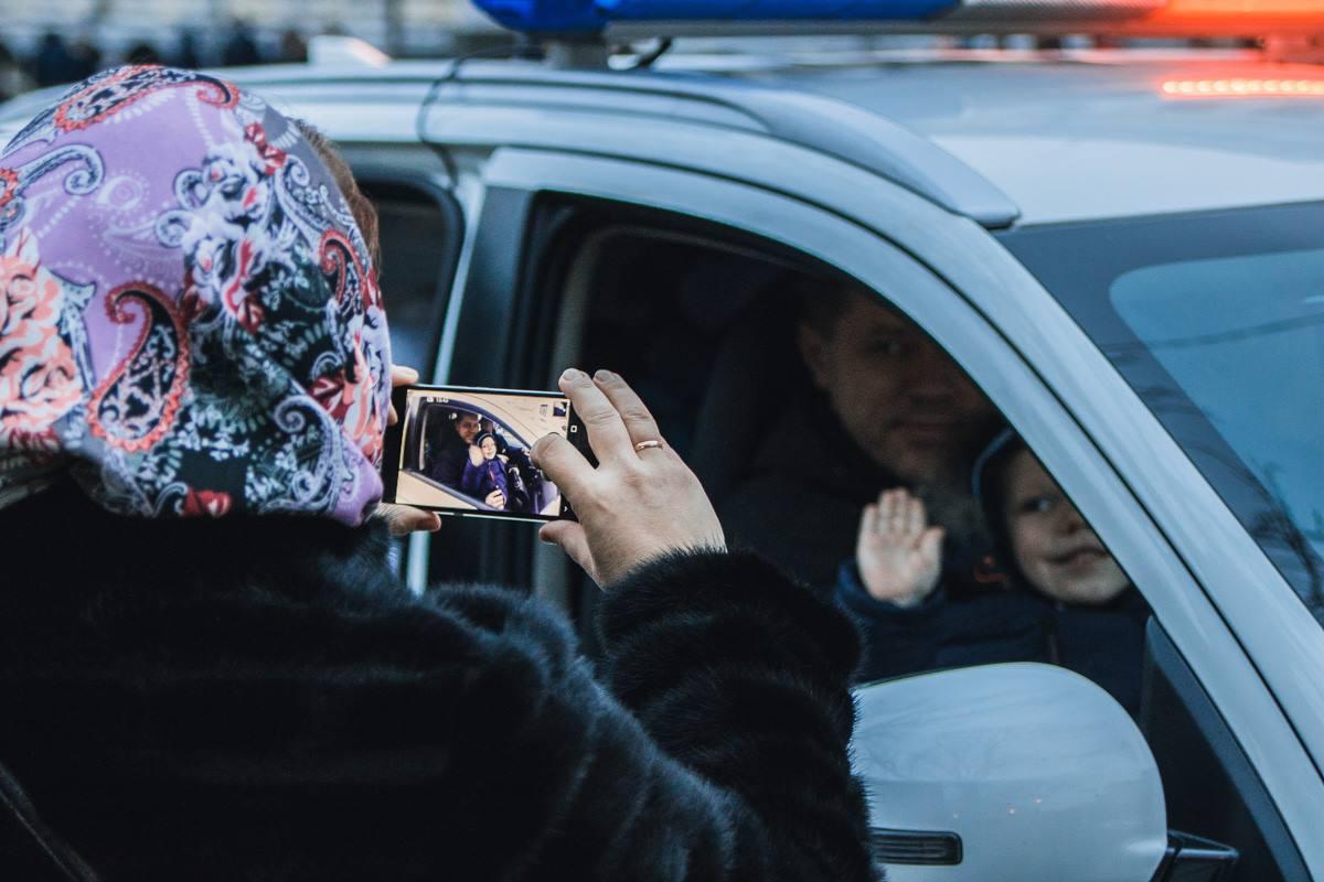 Фото в полицейской машине - в обязательном порядке