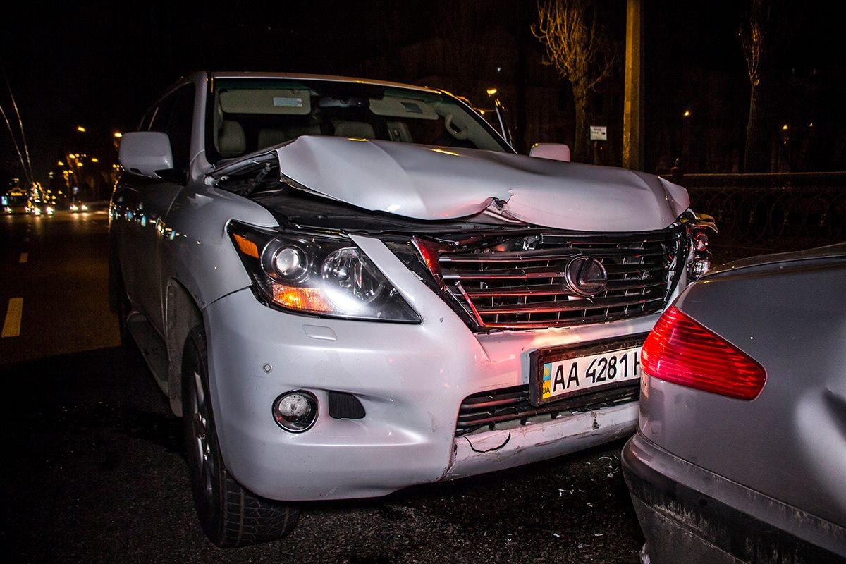 Больше всего в ДТП пострадал Lexus