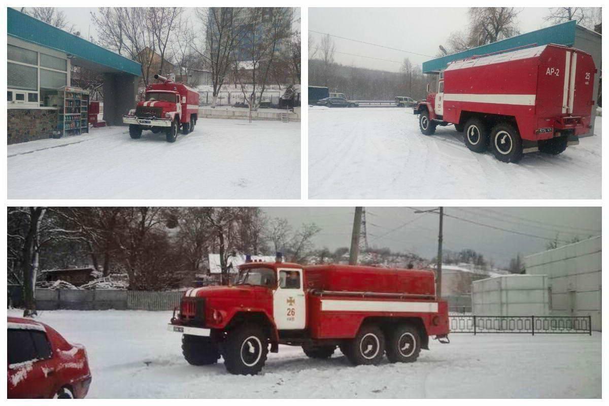 Из-за ухудшения погодных условий спасатели Киева вышли на патрулирование улиц