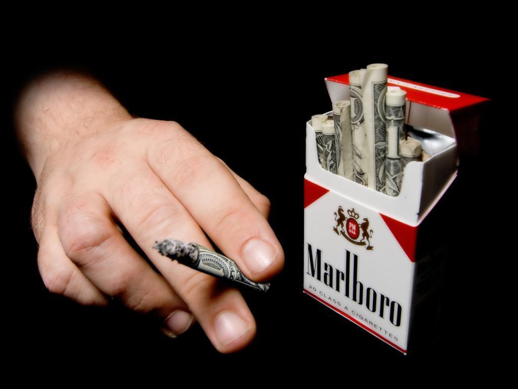 Также в 2018 году повысят цены на сигареты