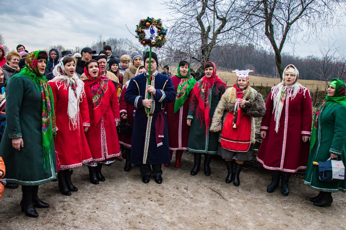 Фольклорные коллективы со всех уголков Украины создавали волшебное настроение