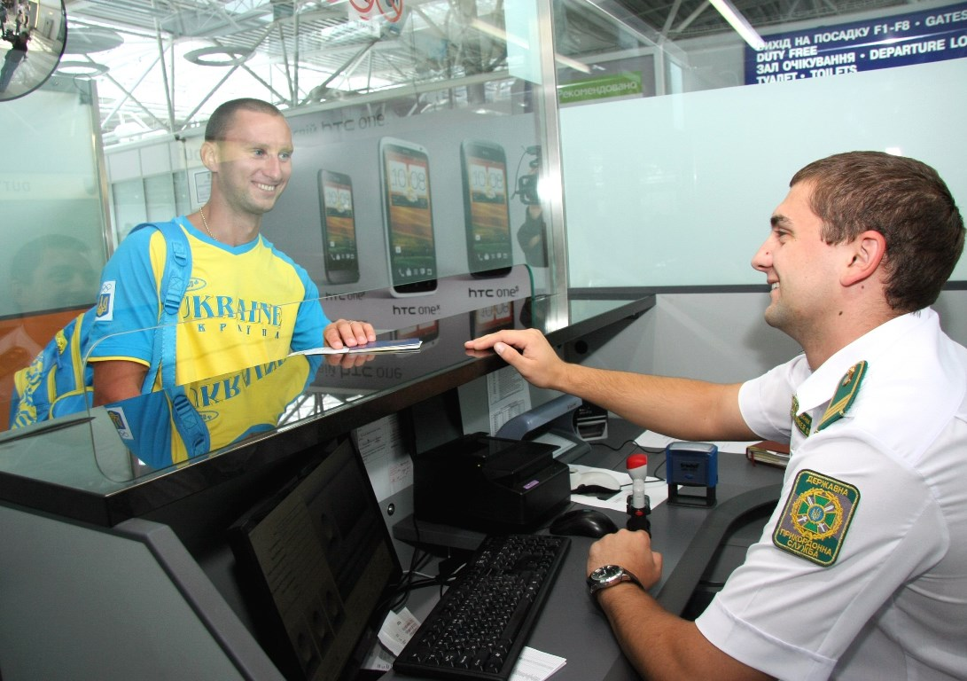 На государственной границе заработала система фиксации биометрических данных иностранцев и лиц без гражданства