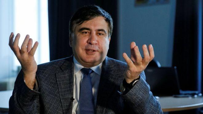 Саакашвили обязали не покидать свое место проживания с 22 часов до 7:00 следующих суток