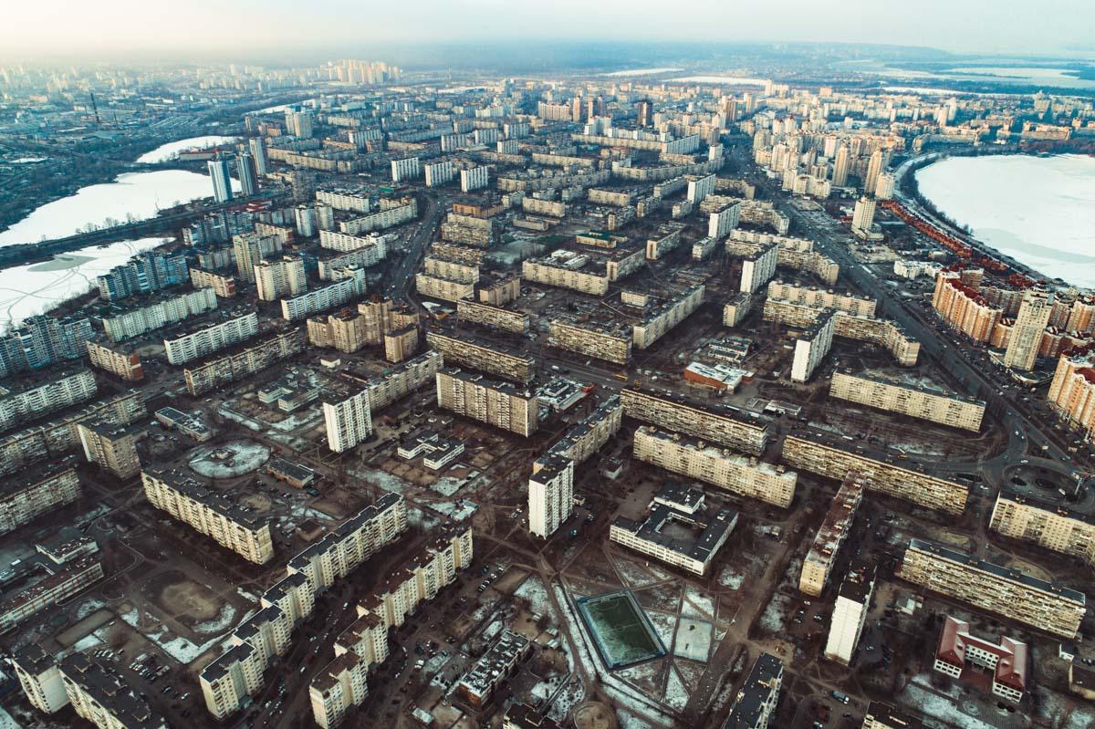"""Озеро находится возле станции метро """"Оболонь"""""""