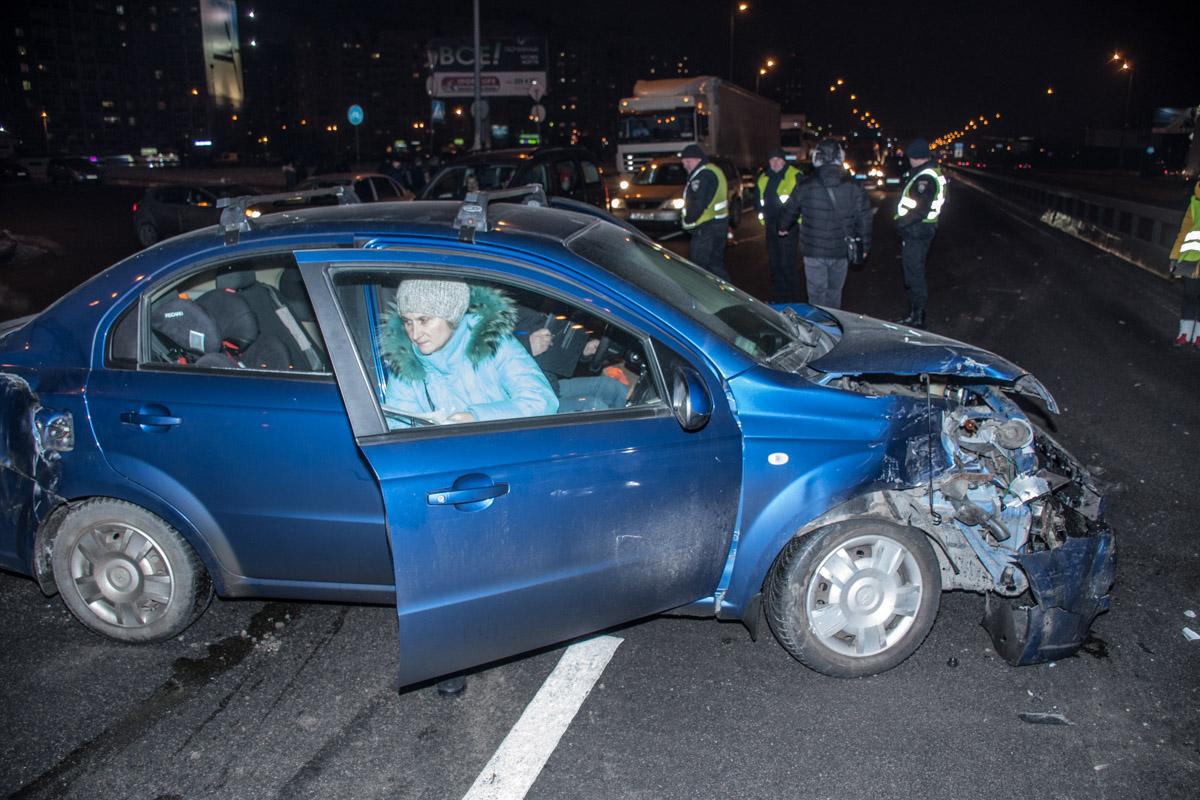 На месте аварии работают правоохранители