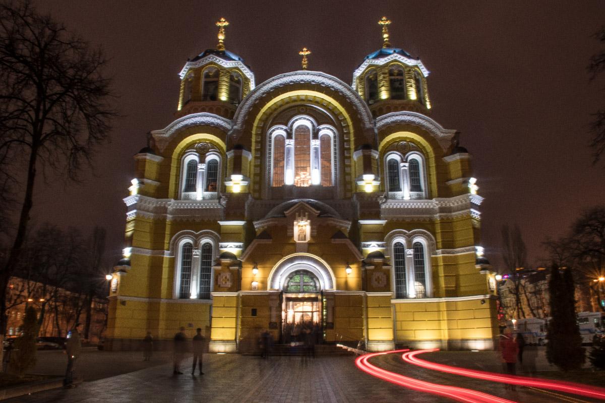 Линии и огни Владимирского собора