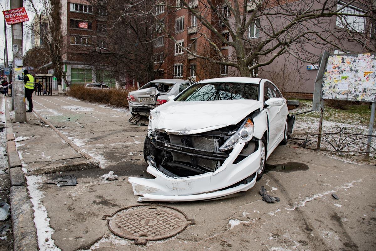 В аварии пострадал пассажир-иностранец, который ехал в Toyota