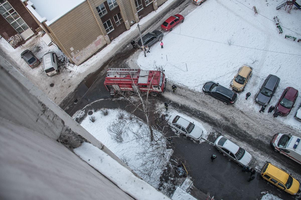 Пожар произошел на проспекте Глушкова, 53