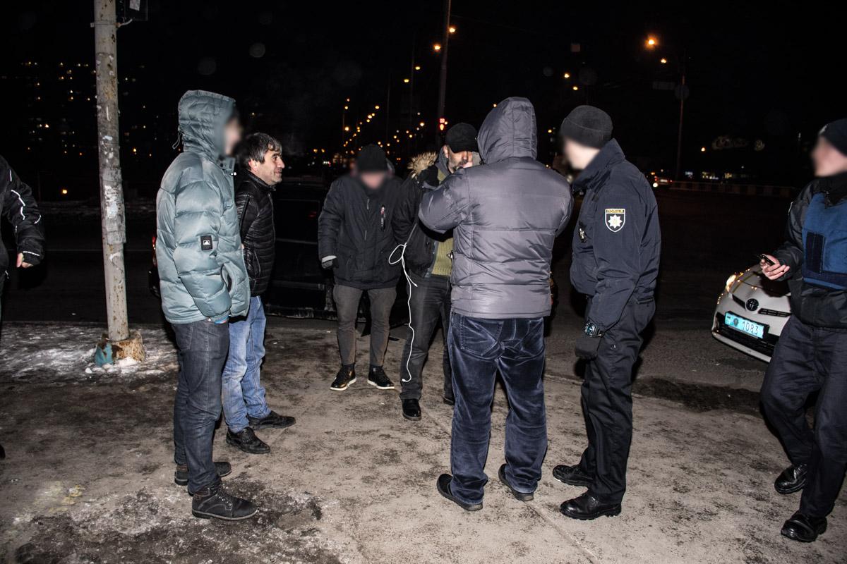 В ограблении участвовали трое кавказцев