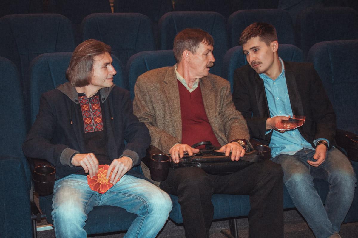 Зрители делятся своими впечатлениями о фильме после показа