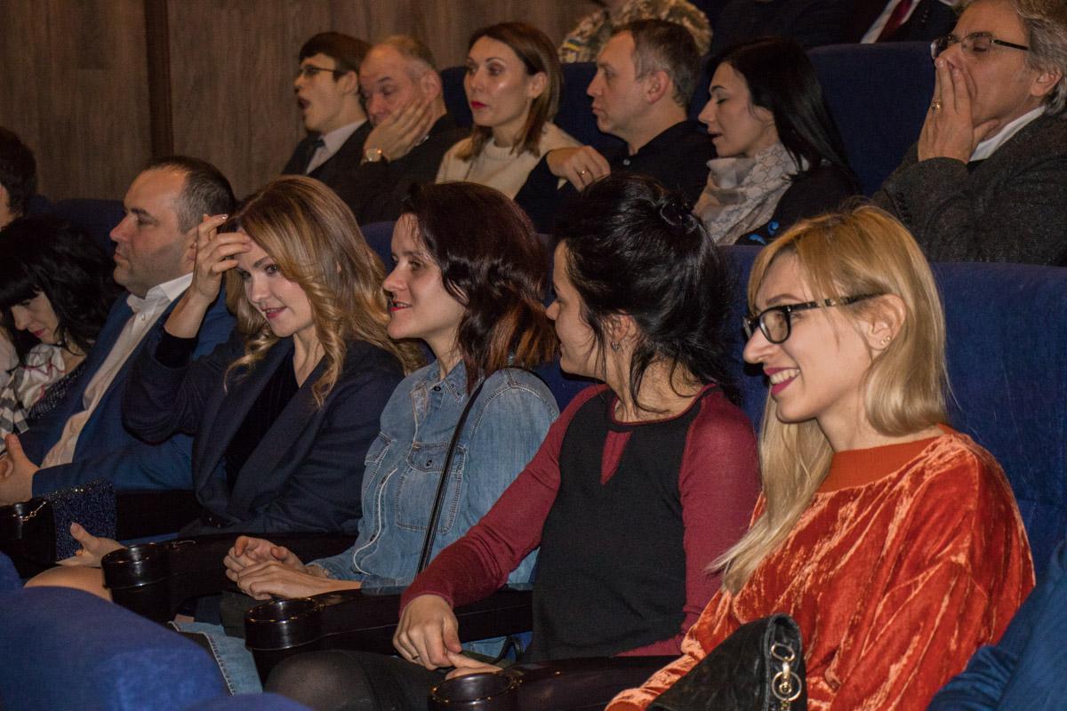 Посмотреть на премьеру ленты пришли много людей