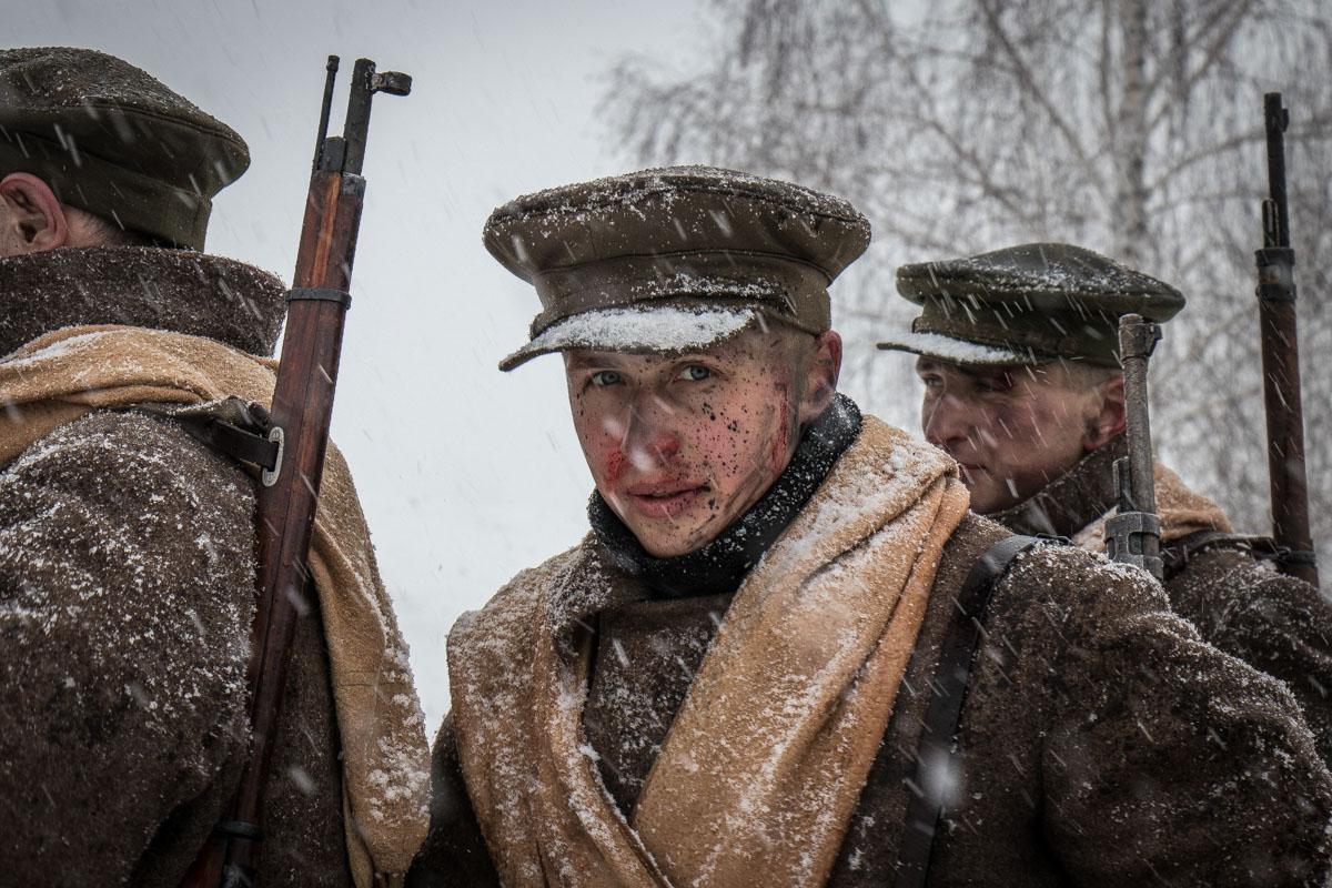 Грим помог актерам перевоплотиться в солдат той битвы