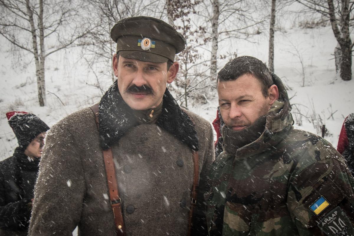 Бойцы Нацгвардии фотографировались с актером Алексеем Тритенко
