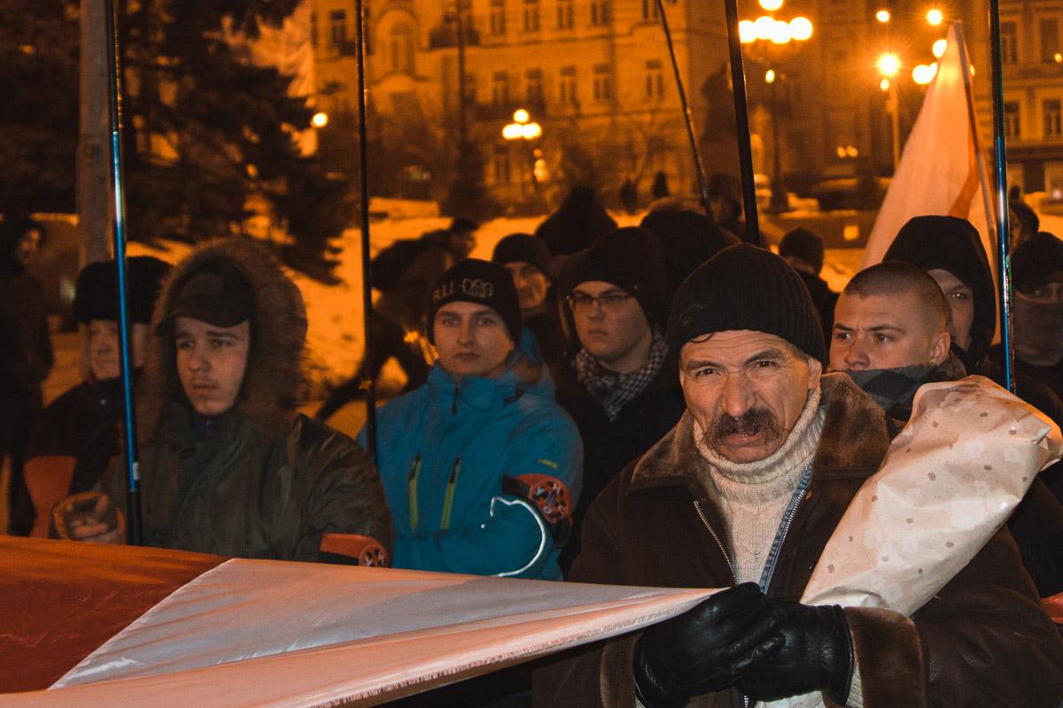 """Среди них были участники организаций """"Белый молот"""" и """"ОУНС"""", а также земляки Жизневского, которые приехали поддержать его из Беларуси"""